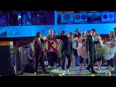 We need a new DJ! And Dirty Dancing (HD) - NKOTB Cruise 2017 - Blockhead Ball