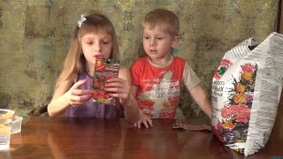 Соня и Костя сажают землянику (клубнику) strawberry семенами(Соня и Костя занимаются посадкой, они решили развести землянику (клубнику) strawberry, которая будет плодоносить..., 2016-03-17T20:39:29.000Z)