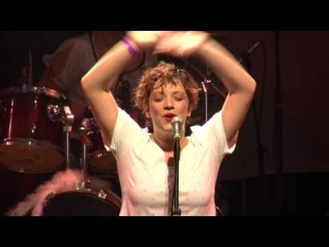 Banda Dona Joana - Garotas Só Querem o Funk
