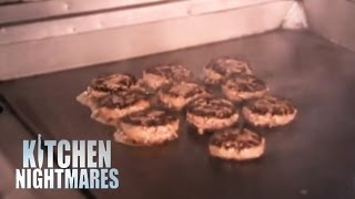 Gordon Teaches Chef His Best Burger Recipe - Kitchen Nightmares