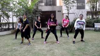 Nashe si chadh gayi || Befikre movie || Zumba Dance Routine || S&J