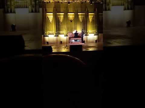И.С.Бах игра на органе