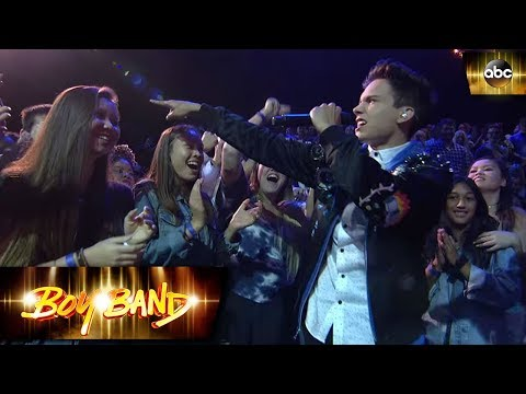 Michael Conor Performance – Can't Hold Us | Boy Band