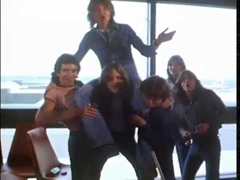 ACDC - Interview - Bon Scott, Angus Young and Malcolm Young - 1976