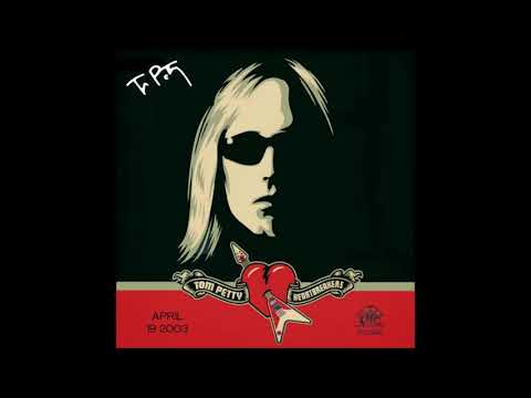 Tom Petty And The Heartbreakers - Live At The Vic Theatre (2003)