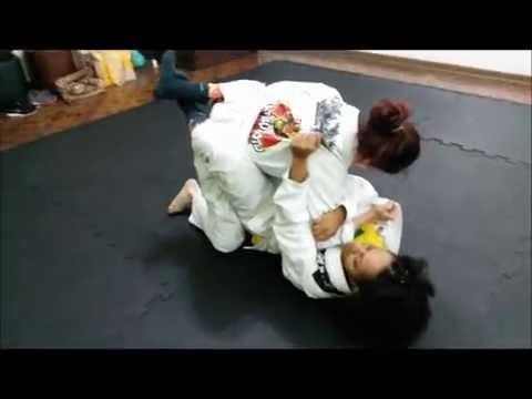 JIU-JITSU FEMININO com Juliana Matsumoto no Étnica Beleza e Bem Estar
