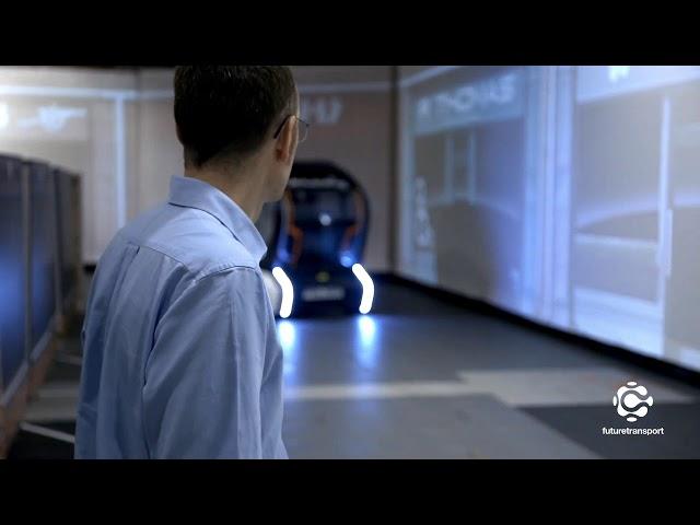 Jaguar Land Rover ilumina o percurso para veículos autônomos