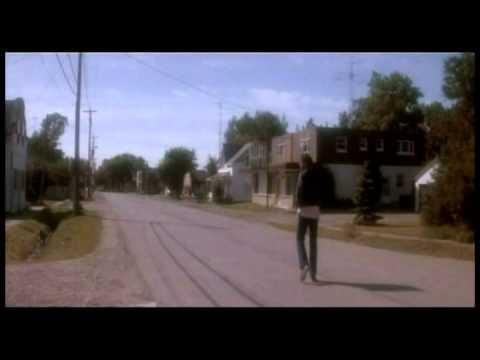 Trailer do filme Estranhos Invasores