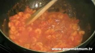 Fast And Simple: Prawn Spaghetti In A Chilli, Tomato & Garlic Sauce