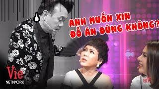 Chí Tài tranh thủ nịnh Việt Hương sau sân khấu để kiếm đồ ăn   Hậu Trường Ca Sĩ Bí Ẩn 2019