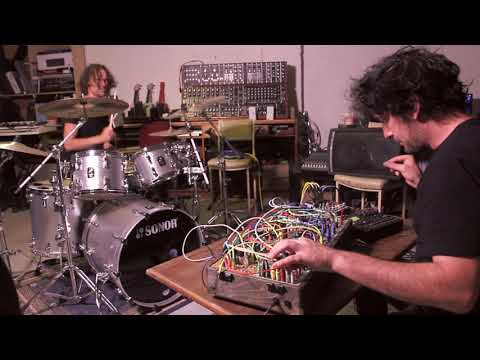 An Oolluu - Ben Crook and a modular synthesizer
