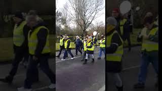 Les gilets jaunes font une marche silencieuse à Angoulême