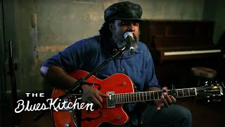 Watch Alvin Youngblood Hart Big Mamas Door video