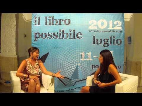 Serena Dandini intervistata da Antonella Cappelli. Il libro possibile 2012. Polignano a Mare.