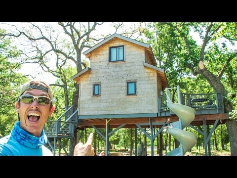 Ultimate Treehouse Fishing Paradise