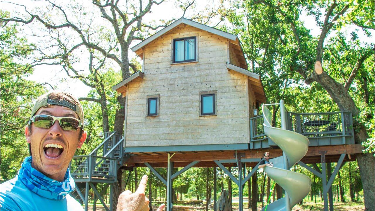 Ultimate Treehouse Fishing Paradise