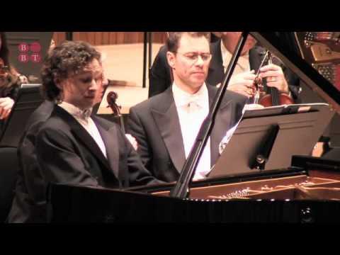 Martin Helmchen: Shostakovich Piano Concertos, LPO, Vladimir Jurowski
