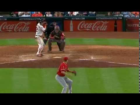 Josh Reddick belts his first homer of the season