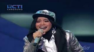 Showcase 2 Indonesia Idol 2018. Ayu dari Yogyakarta membawakan lagu...