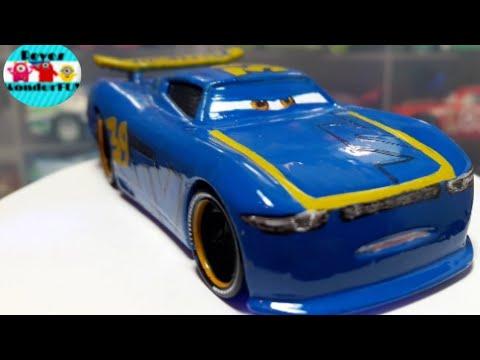 "Cars 3 /""Next-Gen/"" Piston Cup Racers Michael Rotor Diecast Car"