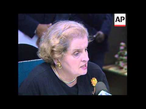 ANGOLA: US AMBASSADOR MADELAINE ALBRIGHT ARRIVES IN LUANDA