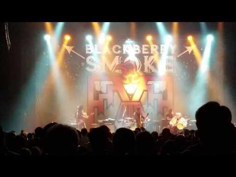 Download Mississippi Queen - Blackberry Smoke w/Leslie West Mp4 baru