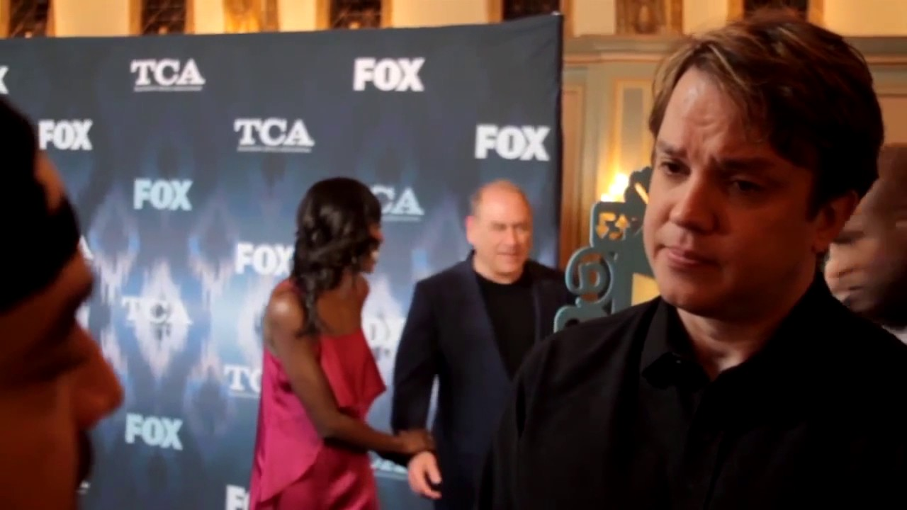 Thisfunktional Talks with Eric Millegan FOX's BONES - YouTube