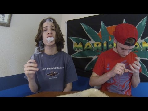 CHILL JOINT SMOKE SESSION W/ BRANDO!