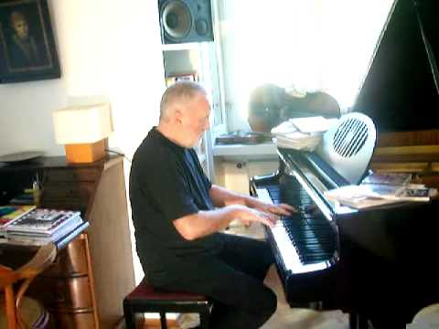 Eberhard Kranemann at home - playing piano