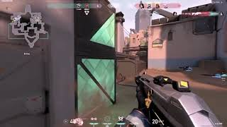 These 1v5 HËRO Moments Make Players RAGE QUIT
