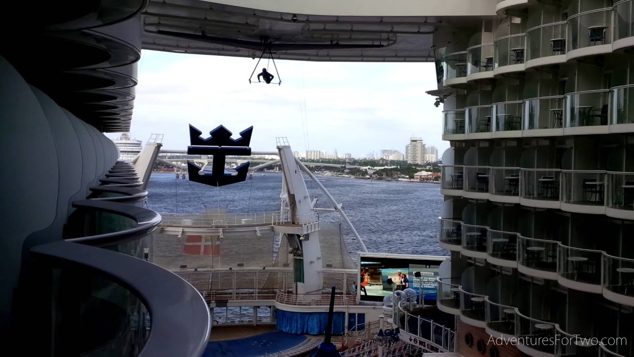Inside balcony room on oasis of the seas cruise ship for Cruise ship balcony view