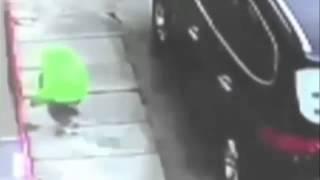 Мальчик упал с 6 го этажа и остался жив!