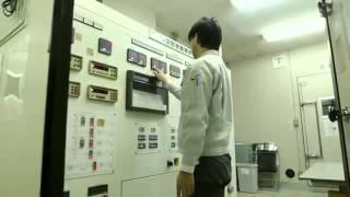 西島秀俊さんが、panasonicの解説を受けつつ家電工場を見学するという真...