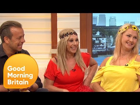 Fun House's Pat Sharpe and the Twins Reunited! | Good Morning Britain