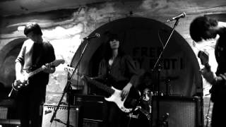 Honeyslide - Live at the Shacklewell Arms
