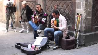 Very Relaxing Spanish Guitar Music - Streets Gothic Quarter, Barcelona (jesse cook - cascada)
