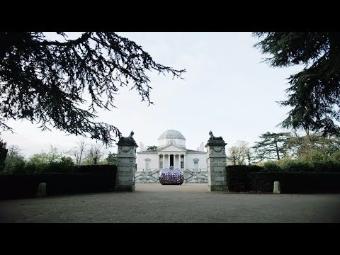 THE HAND OF THE ARTISAN AT CHISWICK HOUSE IN LONDON