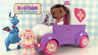 Docteur la Peluche Rosie l'ambulance Doc McStuffins Rosie the Rescuer Surprises
