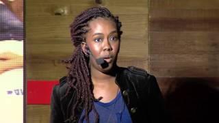 O jovem da favela não é carente, é potente   Ana Paula Lisboa   TEDxLaçador