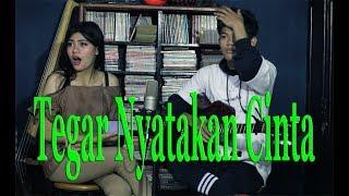 Download lagu Tegar Jatuh Cinta
