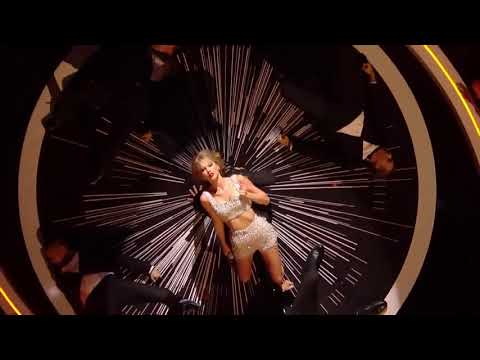 Taylor Swift - Shake It Off  (VMA 2014)