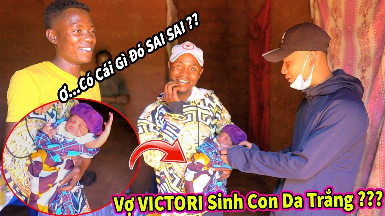 Quanglinhvlogd    Vợ Victori Sinh Con Gái Da Trắng ? Tổ Chức Tiệc Ăn Mừng Mẹ Tròn Con Vuông
