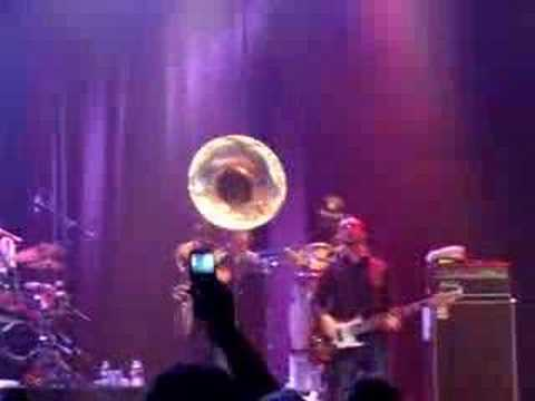 The Roots-step into the realm06/17/08