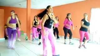 Repeat youtube video ZUMBA CON DENISSE!!!    LA CORTINA