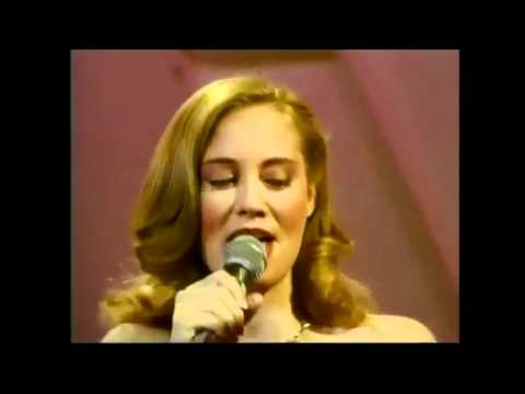 Cybill Shepherd & Tom Jones - Our Day Will Come