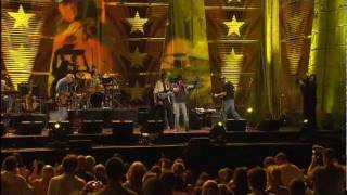 Kenny Chesney - Young (Live at Farm Aid 2005)