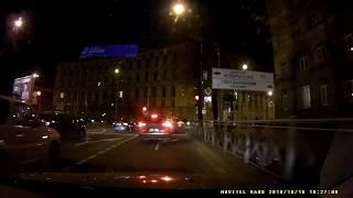 Смотреть видео Мелкое ДТП Skoda Rapid - Suzuki Jimny, 18 октября 2018 Светлановская площадь, Санкт-Петербург онлайн