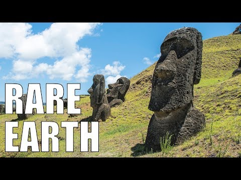 How Gods Die (The Collapse of Easter Island)
