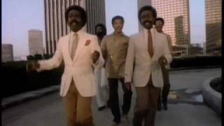 The Whispers - Keep On Lovin