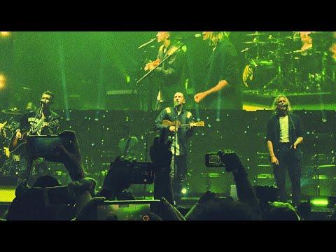 "Twenty One Pilots - ""Iris"" Live (Goo Goo Dolls Cover)"